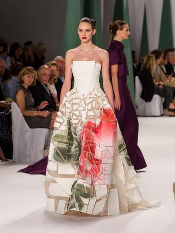 Fashion Week spring 2015 Carolina Herrera floral gown