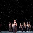 Artists of the Houston Ballet in Edwaard Liang's Murmuration