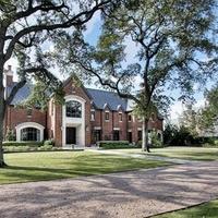 River Oaks Estate