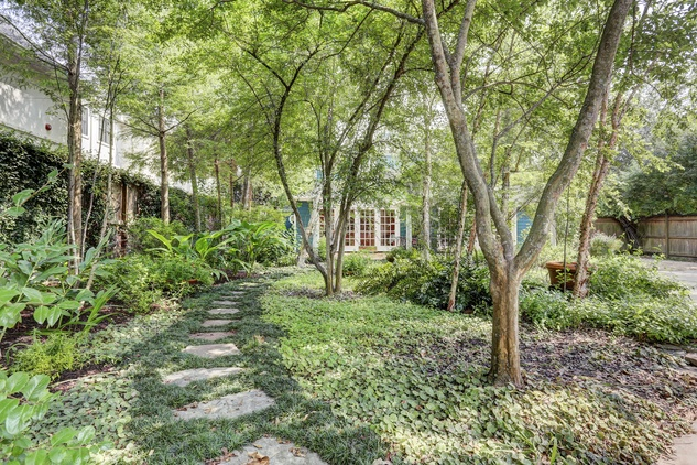 26 On the Market 4826 Palmetto July 2014