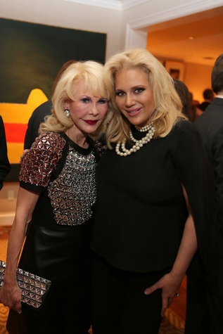 News, Shelby, Alley Theatre Holiday Party, December 2014, Diane Lokey Farb, Kristi Schiller