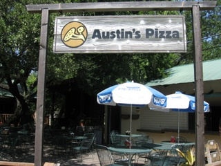 Austin_photo: places_food_austinspizza_beecave_sign
