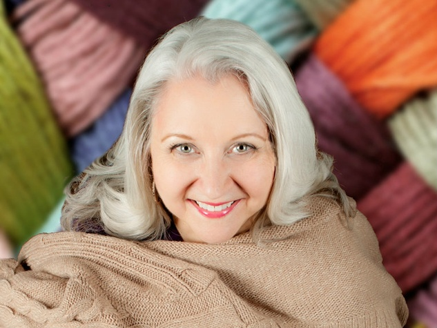 Elaine Liner in Sweater Curse: A Yarn About Love