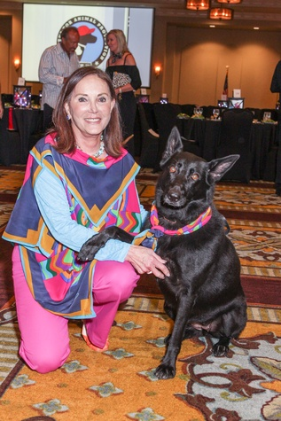 News, Shelby, Citizens for Animal Protection Paint Jam, June 2015, Joelle Rogers and Axa