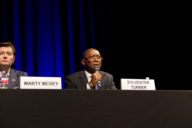 Sylvester Turner at Mayor Forum on the Arts