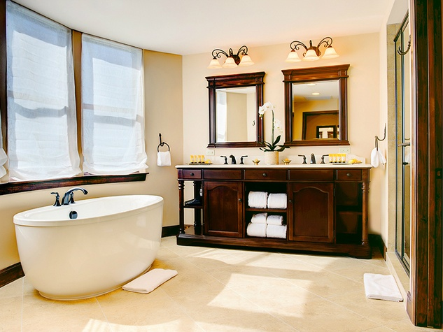 Hotel Granduca Austin opening 2015 bathroom