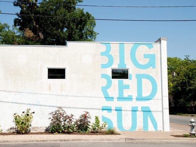 Austin Photo Set: News_Adrienne Breaux_sassy succulents_July 2011_exterior
