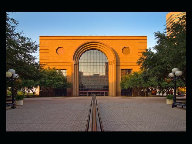 News_Urban Land Institute Houston_awards_January 2012_Wortham Exterior