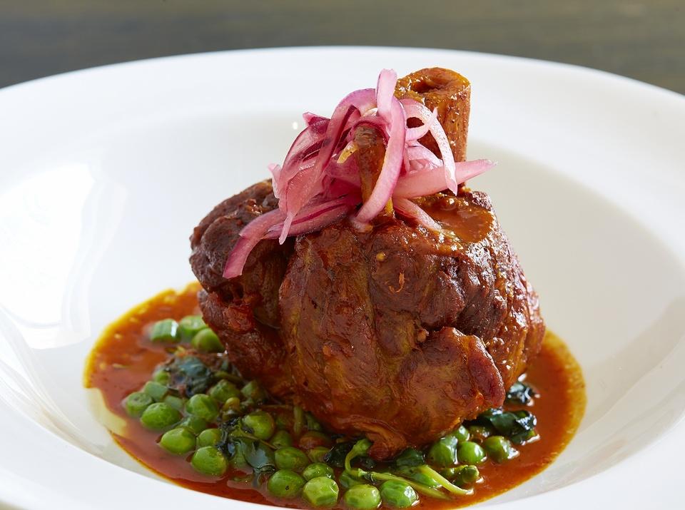 Komali, meat, chef