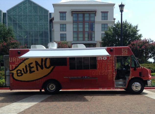 Taco Bueno food truck
