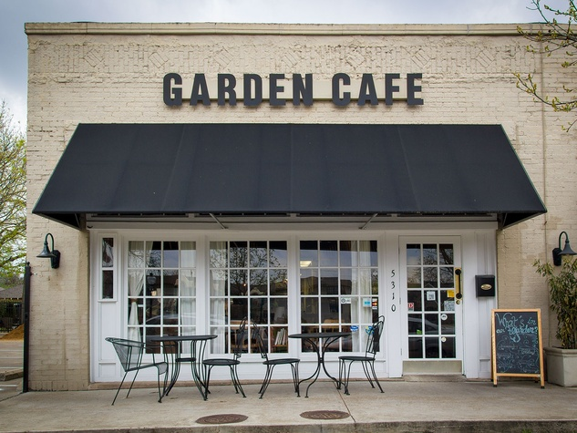 East Dallas Restaurant Garden Cafe Embodies Farm To Table