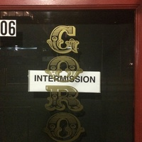 Goro & Gun intermission closed sign