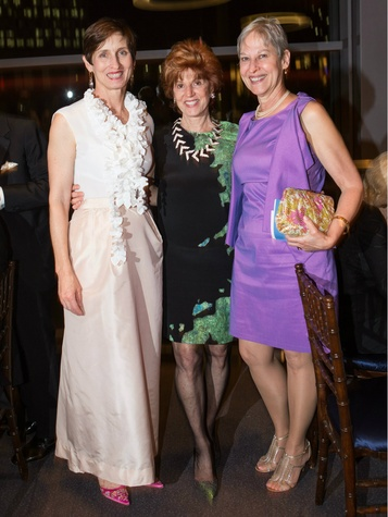 Meaders Ozarow, Donna Wilhelm, Becky Young, titas command performance gala