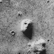 2 Mars attacks NASA images UFO Mars Curiosity rover face_viking