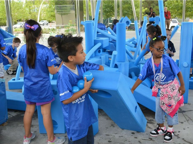Imagination Playground at Klyde Warren Park
