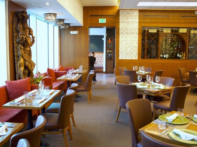 Houston, Valentines Day dining guide, Feb 2017, Kiran's interior