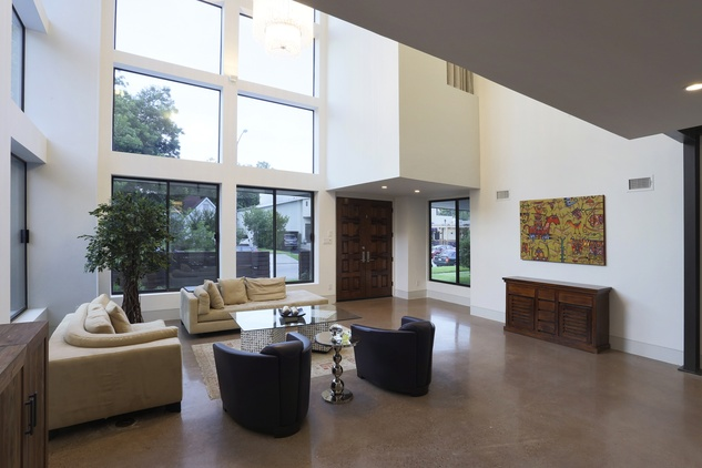 3 On the Market 734 E. 8th St. Houston Heights March 2015