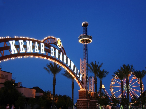 Places-Unique-Kemah Boardwalk