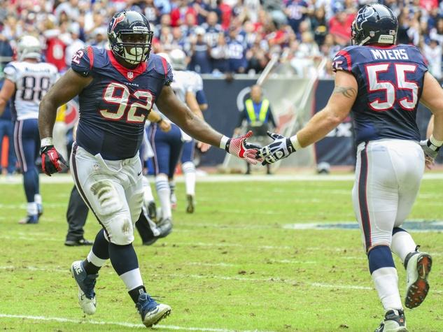 Texans Pats high five