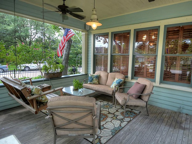 Heights house for sale September 2013 405 Woodland St. covered porch