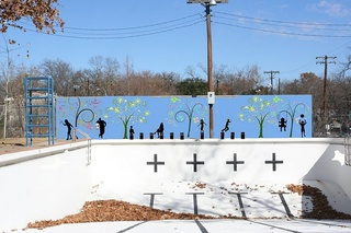 Austin_photo: places_outdoors_shipe_pool_mural
