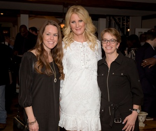 Meghan Courtney,Sandra Lee, Jennifer Dominiquini at Big Game Party