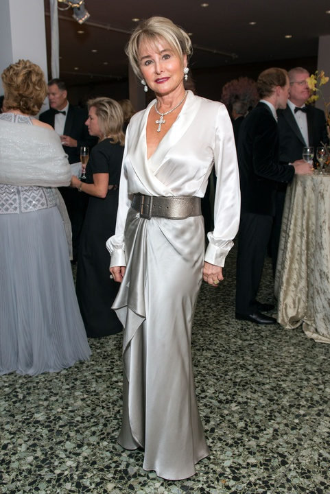 21 Michelle Hevrdejs wearing Ralph Lauren at the MFAH Grand Gala October 2014 GOWNS