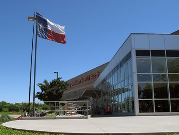 Austin photo: places_shopping_cowboy harley davidson showroom_exterior