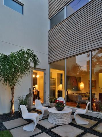 9 On the Market 2401 Morse St. Carol Barden-designed home February 2015