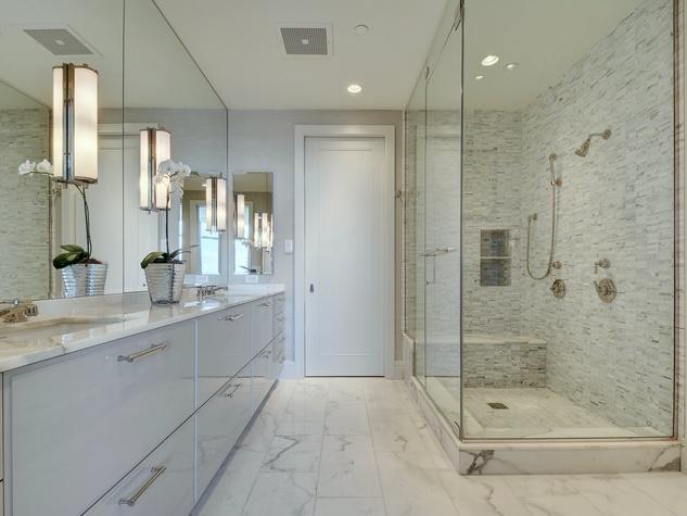 Austonian 33FF master bathroom