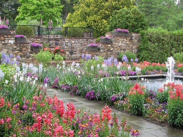Longwood Gardens in Pennsylvania flowers waterfall