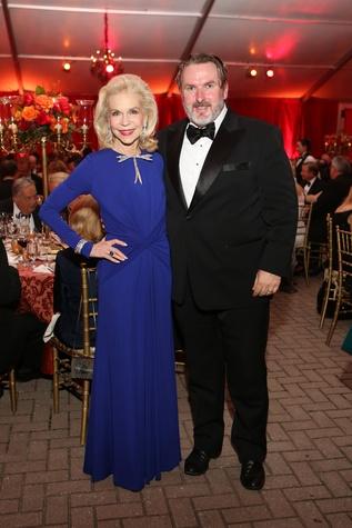 Lynn Wyatt and Simon O'Neil at the HGO Opening Night Celebration October 2014