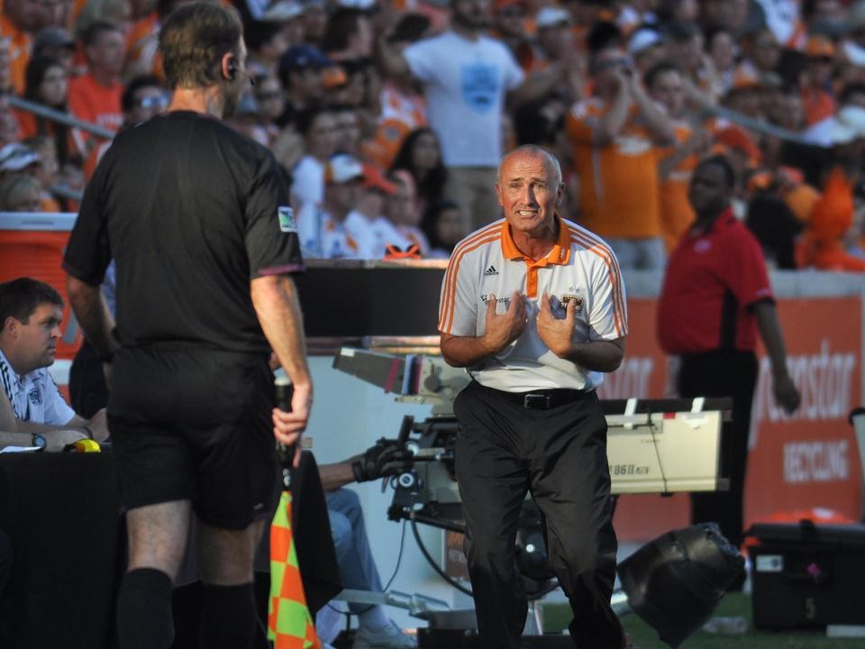Dynamo coach Dominic Kinnear
