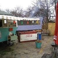 Austin Photo: Places_Food_franklin_bbq_exterior