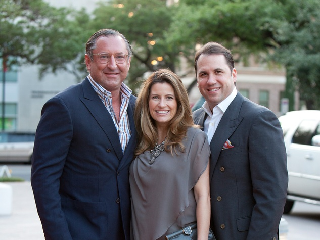 Andrew Echols, left, with Catherine and Dean Giuffre at the Glassell School benefit and auction May 2014