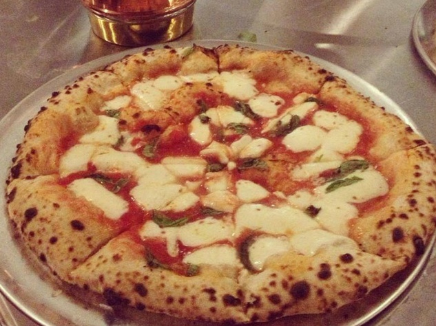 Margherita pizza at Bufalina in East Austin