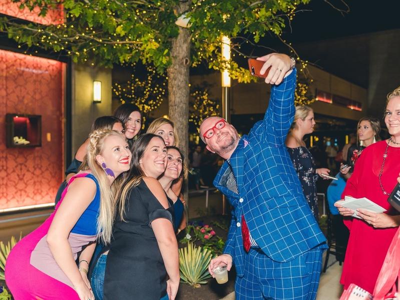 matt swinney takes a selfie at Fashion X Houston