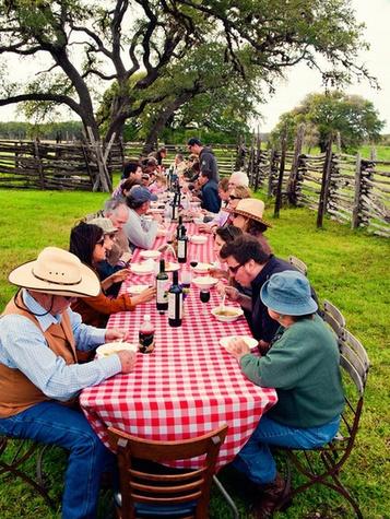 Austin Photo Set: News_Adam_vino y vaca_april 2012_4