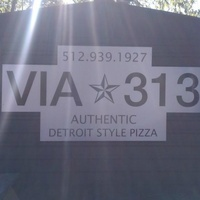 Via 313_Detroit style pizza_Austin food trailer_Violet Crown Social Club_East Sixth Street