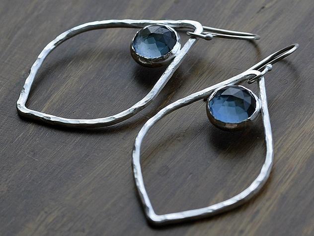 Neke Designs, jewelry