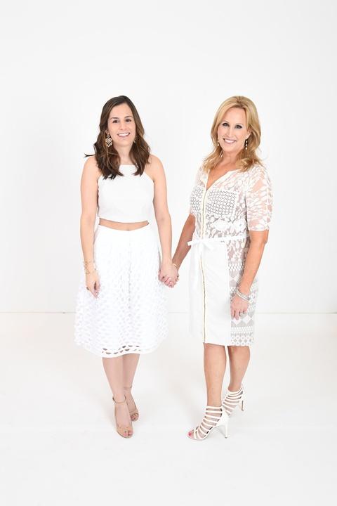 Fashion Gene, 4/16 Alexa Sendukas, Vanessa Sendukas