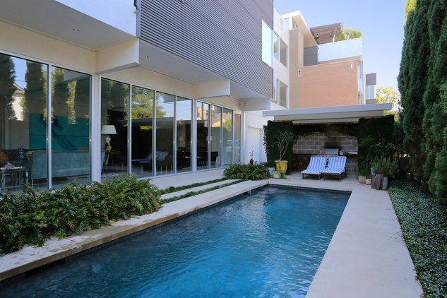 On the Market 2106 Crocker Fulton Davenport house August 2014 pool 2