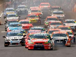 Aussie V8 Supercars race