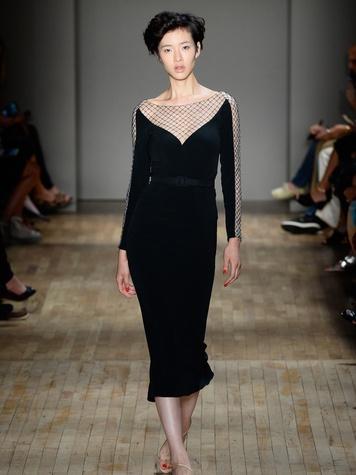 Fashion Week spring 2015 Jenny Packham black dress