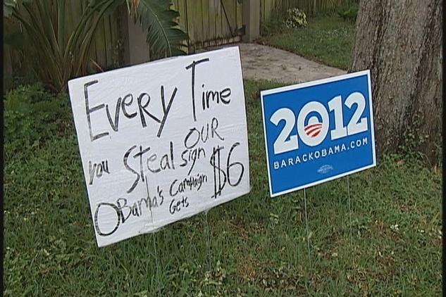 Austin Photo Set: News_pesoli_obama sign_nov 2012_sign