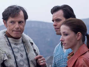 News_MAO_Bruce Greenwood_as Ben Stevenson_Camilla Vergotis_as Mary McKendry_Great Wall