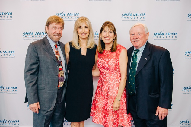 Houston, Galaxy Gala Space Center, May 2015, Gena and Chuck Norris, Susie and Pat Cunningham