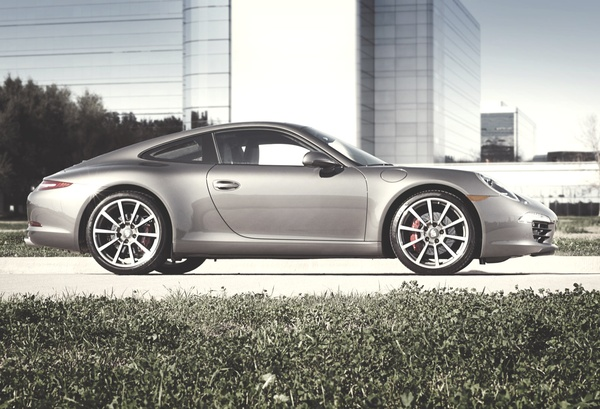 News_Jan_2012_Porsche_911