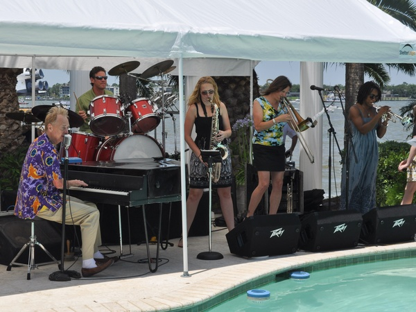 Shuttle party, June 2012, band