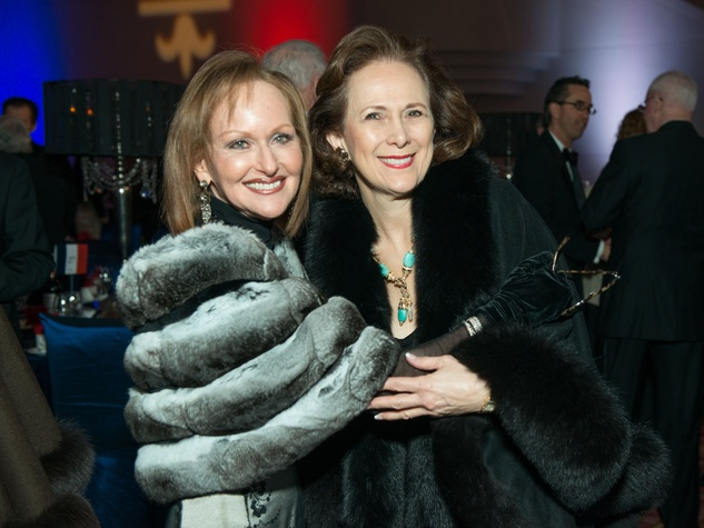11 Carol Sawyer, left, and Franelle Rogers at the Moores School Gala March 2015